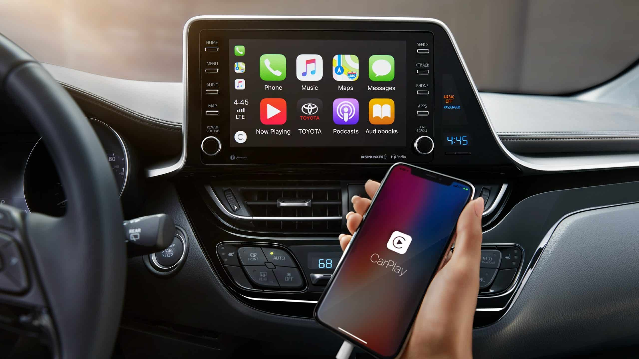 Toyota C-HR Apple CarPlay