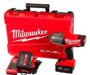 Milwaukee 2763 Review